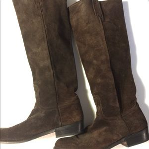 Shoes - Frye boots deep chocolate